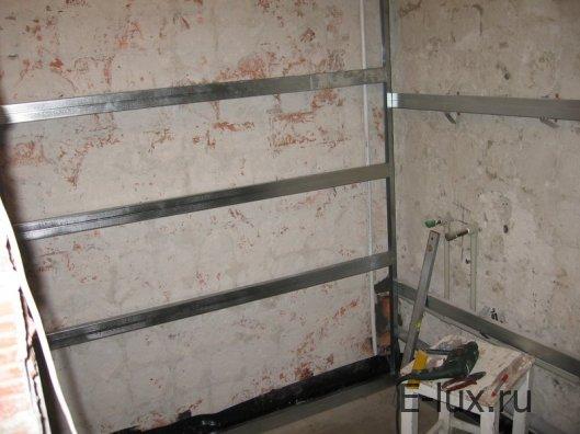 Монтаж панелей на стены