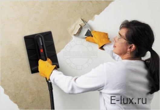 Этапы очищения стены от обоев