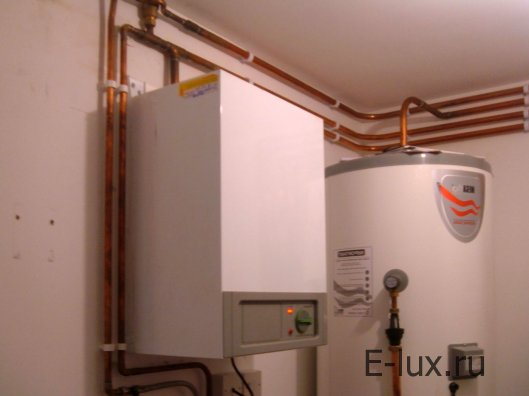 Монтаж газового котла на стену