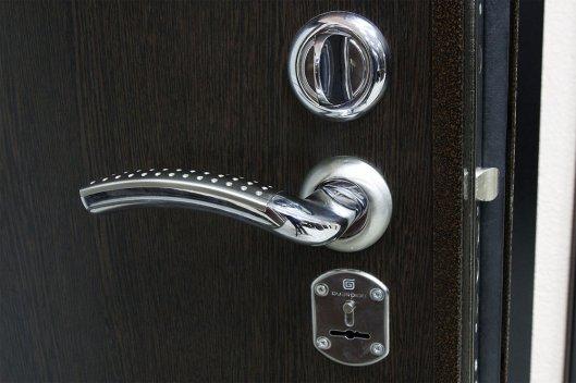 Качества хорошей стальной двери